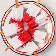 Картинка Сладости Мороженое Тарелка Лед Еда