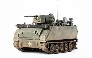 Фото Игрушки БТР Белый фон Американские ACAV, M113A1