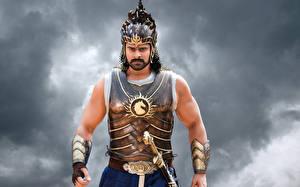 Картинки Бахубали: Рождение легенды Мужчины Prabhas Фильмы
