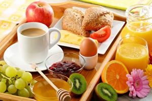 Фото Кофе Виноград Яблоки Сок Хлеб Фрукты Завтрак Чашка Яйцо Продукты питания
