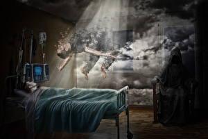 Фото Креативные Мужчины Образ смерти Кровать
