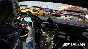 Фотографии Forza Motorsport 7 Салоны Гонки Автомобильный руль
