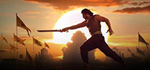Обои Мужчины Бахубали: Завершение Мечи Солнце Prabhas Кино