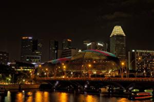 Фото Сингапур Дома Речка Ночь Уличные фонари Города