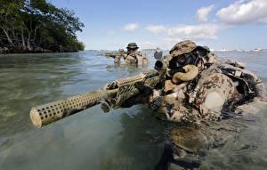 Фотография Солдаты Вода Винтовки Маскировка Bundeswehr, Kommando