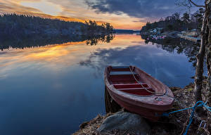 Фотография Швеция Речка Рассветы и закаты Лодки Причалы Природа