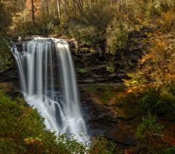 Картинки Штаты Водопады Скала Highlands North Carolina