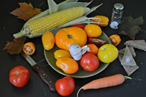 Фото Овощи Кукуруза Томаты Морковь Чеснок