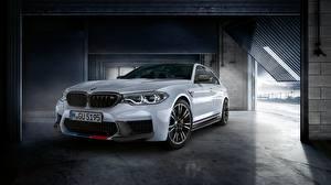 Картинки BMW Белых M Performance 2018 M5 Автомобили