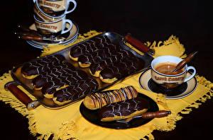 Обои Кофе Пирожное Шоколад Чашка Тарелка Продукты питания