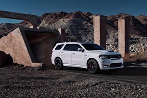 Фотография Dodge Белый Металлик 2018 Durango SRT машины