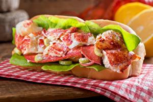 Фотографии Фастфуд Сэндвич Морепродукты Рыба Овощи Еда