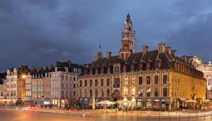 Фотографии Франция Дома Вечер Улица Уличные фонари Lille Города
