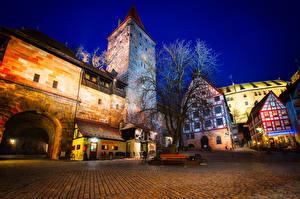 Фотография Германия Здания Замки Городская площадь Ночные Деревья Nuremberg Castle
