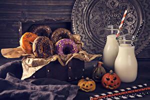 Фотография Хеллоуин Пончики Молоко Тыква Дизайна Бутылки Продукты питания