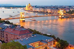 Картинки Венгрия Будапешт Река Мосты Вечер Danube город