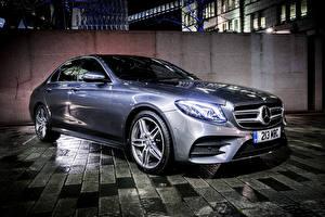 Фотография Mercedes-Benz Металлик E-Class, W213 Автомобили