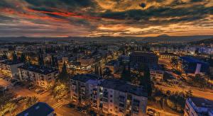 Фотография Черногория Дома Вечер Небо Облака Сверху Podgorica Города