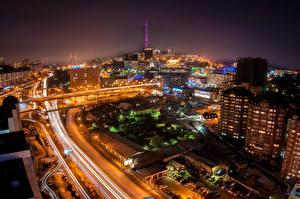 Фотография Россия Дома Дороги Ночь Уличные фонари Сверху Vladivostok Города