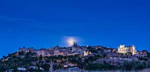 Картинка Испания Толедо Дома Небо Луна Ночь Города