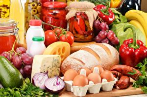 Фотография Натюрморт Хлеб Овощи Колбаса Сыры Яйца Банка Пища