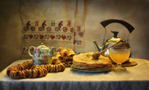 Картинка Натюрморт Чайник Блины Мед Выпечка Еда
