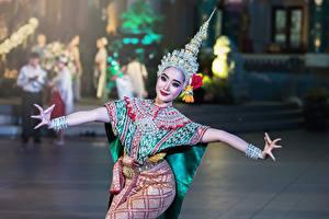 Фото Таиланд Танцует Девушки