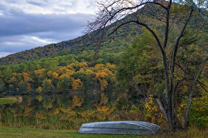Картинка Штаты Осень Леса Озеро Лодки Virginia