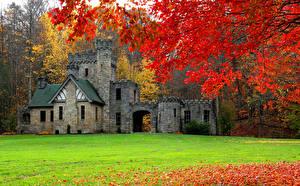 Фото США Замки Осень Газон Ветки Squire's Castle Cleveland Города