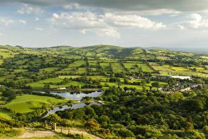 Картинка Великобритания Поля Речка Небо Teggs Nose Country Park