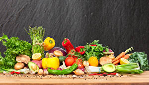 Фотография Овощи Авокадо Перец Томаты Грибы Лук репчатый Морковь