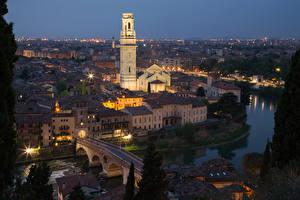 Фото Верона Италия Здания Речка Мосты Вечер