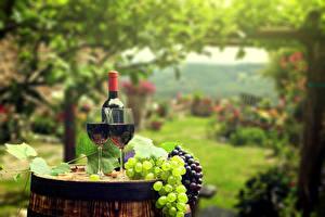 Картинки Вино Виноград Бочка Бокалы 2 Бутылка Пища