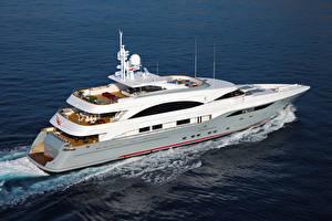 Фотографии Яхта Едущий superyacht Prima