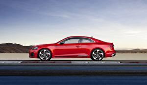 Фотографии Audi Красная Сбоку RS5 A5 2018 Track Автомобили