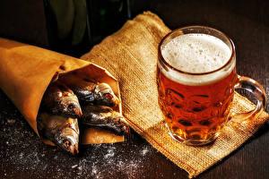 Картинки Пиво Рыба Кружка Пена Соль Пища