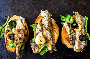 Картинки Бутерброды Морепродукты Рыба Хлеб Оливки Овощи Еда