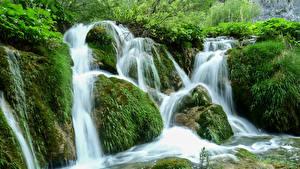 Фотография Хорватия Парки Водопады Камень Мох Plitvice national park Природа
