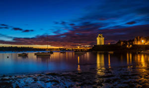 Картинки Франция Здания Побережье Ночь Залива Saint-Servan Brittany город