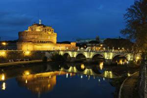 Картинка Италия Рим Замки Речка Мосты Ночные Уличные фонари Castel Sant Angelo
