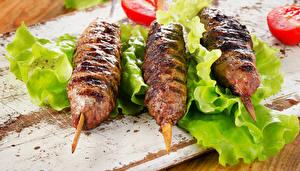 Обои Мясные продукты Втроем kebab