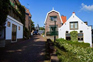 Обои Нидерланды Здания Дороги Улице Уличные фонари Urk Города