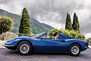 Фотография Ретро Синий Металлик Кабриолет Сбоку 1972-74 Dino 246 GTS con l'opzione Flares Worldwide Pininfarina