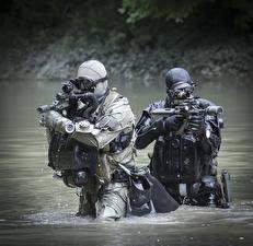 Фотографии Солдаты Автоматы Вода Немецкий German Navy Special Forces Command (Kommando Spezialkräfte der Marine, KSM)