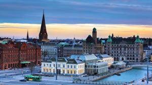 Фотографии Швеция Здания Речка Улица Уличные фонари Malmo