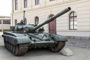 Фото Танки Т-72 Российские M