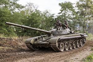 Фотографии Танки Т-72 Российские