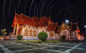 Картинка Таиланд Храмы Ночные Уличные фонари Кусты Unseen Temple