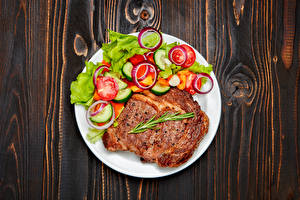 Фото Вторые блюда Мясные продукты Овощи Доски Тарелка Пища