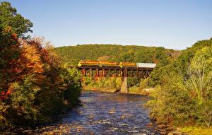 Фотографии Штаты Осенние Речка Мосты Поезда Massachusetts